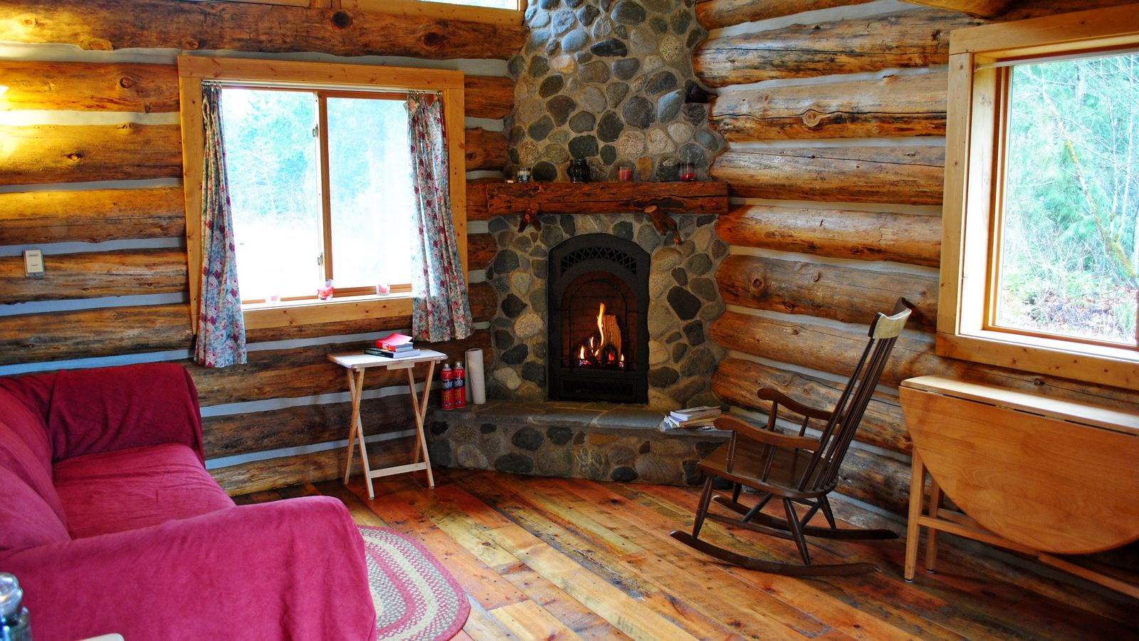cabin-fireplace